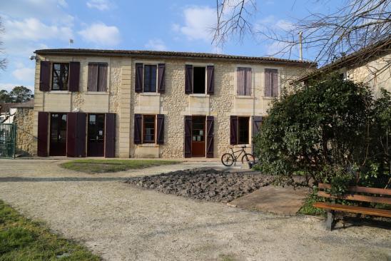 Bibliothèque de Castelnau